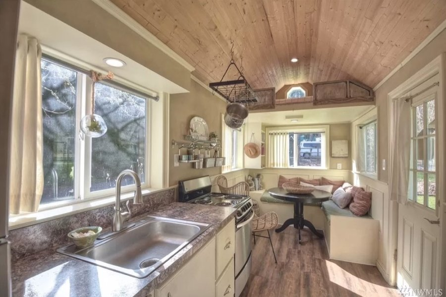 Tiny House with Luxury Bath on Zillow for 65k Olympia WA 0010