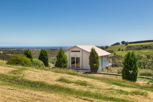 Tiny Stone House For Sale in Australia 04