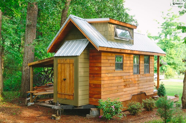 Travis and Brittany's 204 Sq. Ft. Tiny House