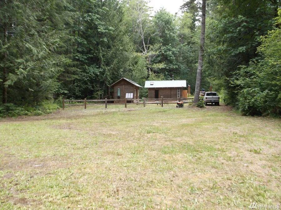 Two off-grid tiny cabins on one property in Tahuya via Zillow 0010