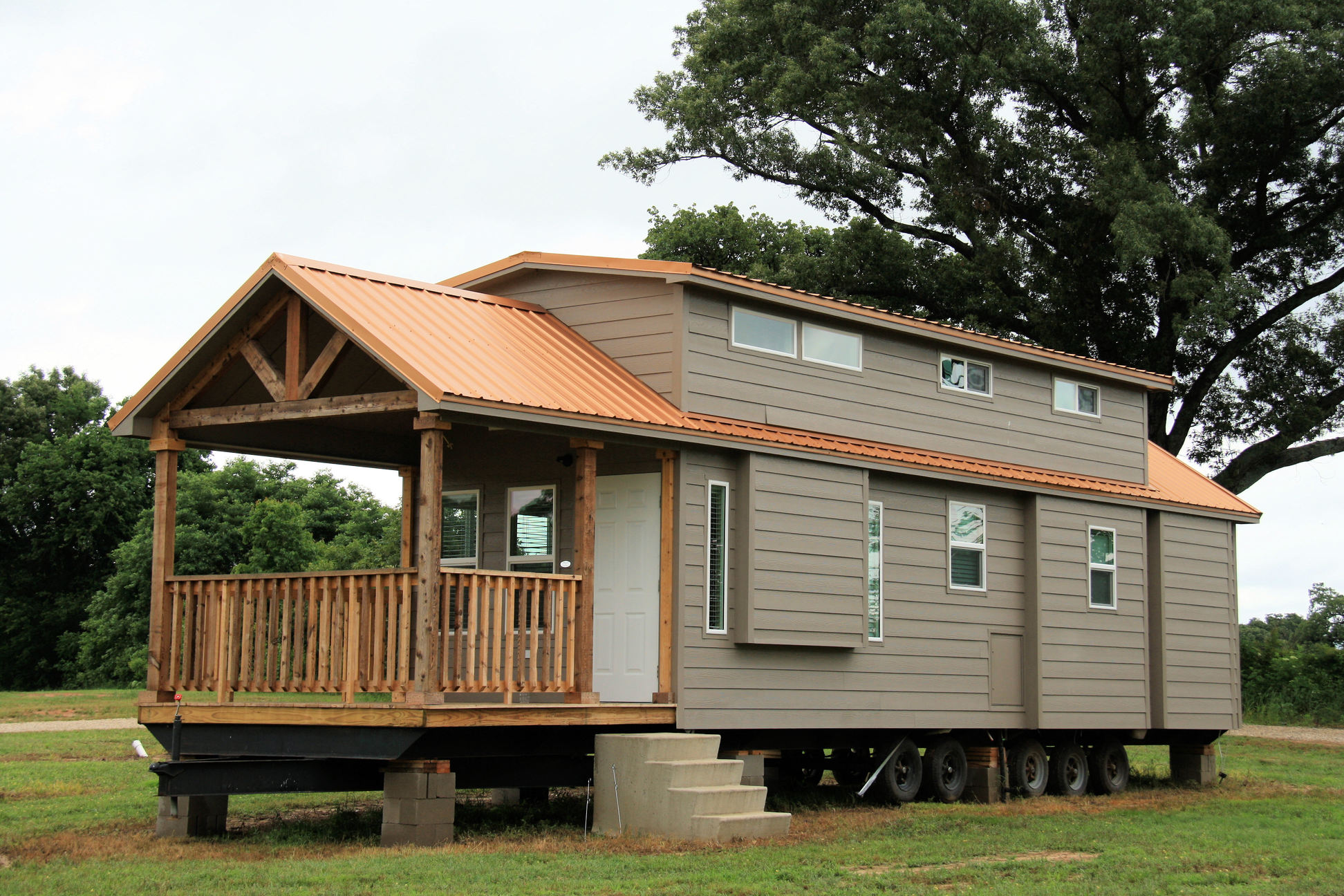 Vintage grace new park model for sale texas for Tiny house with porch
