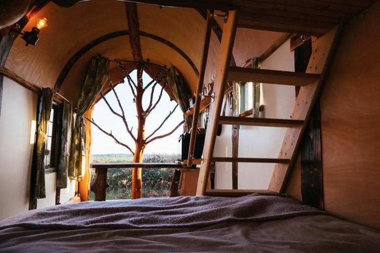 Wigwam Hot Tub Tiny House in Rural England via Ralph Airbnb 005