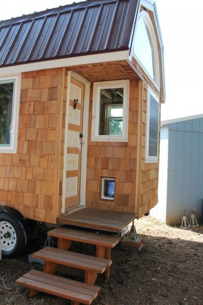 aprils-tiny-house-2