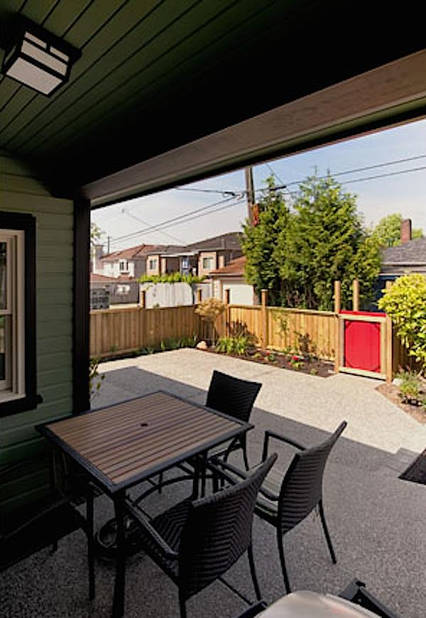 arts-and-crafts-750-laneway-small-house-by-smallworks-06