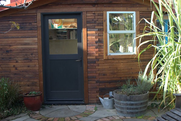 Backyard Tiny House Office Studio (2)