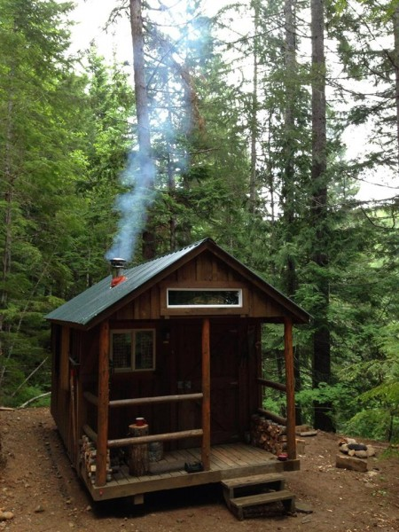 I haz a tiny cabin in the woods for How to build a small shack