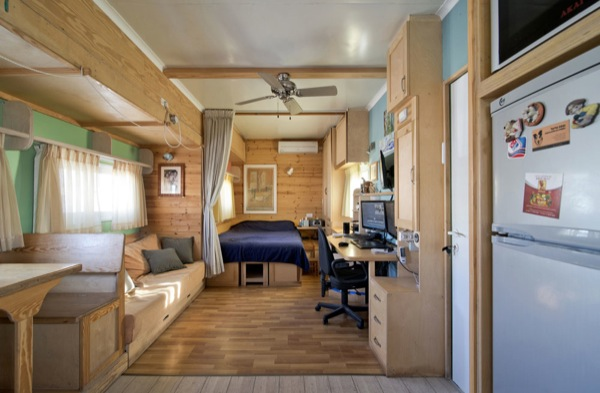 Solar and Off-Grid-Ready Motorhome Tiny House