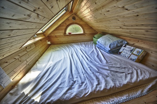 Candice's Tiny Tack House: Interior Photos: Modified Tumbleweed Fencl: Photos by Chris Tack (5)