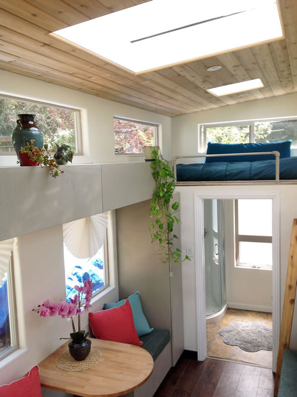 charming-340-sqft-tiny-home-wheels-for-sale-011