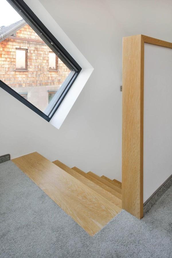 curvy-modern-small-home-domo-dom-0010