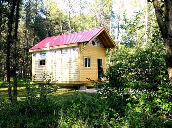 father-son-392-sq-ft-tiny-cabin-for-sale-0017