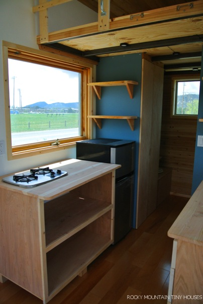 front-range-tiny-home-by-rocky-mountain-tiny-houses-003