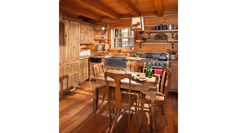 Jack Hanna's 700 Sq. Ft. Cabin in Montana 6