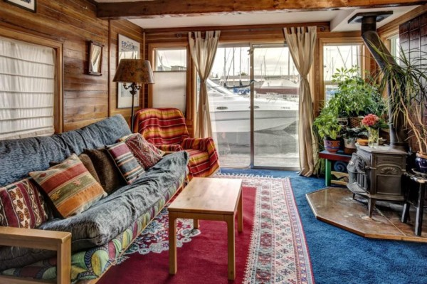 lake-union-seattle-640-sq-ft-houseboat-05