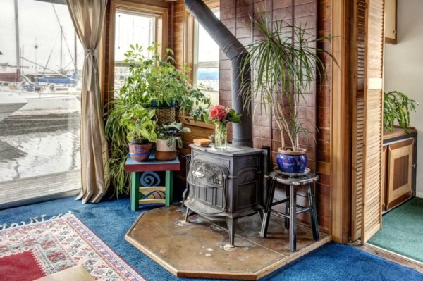 lake-union-seattle-640-sq-ft-houseboat-06