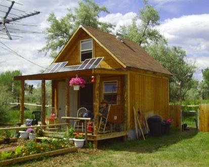 lamar 39 s small off grid solar cabin. Black Bedroom Furniture Sets. Home Design Ideas