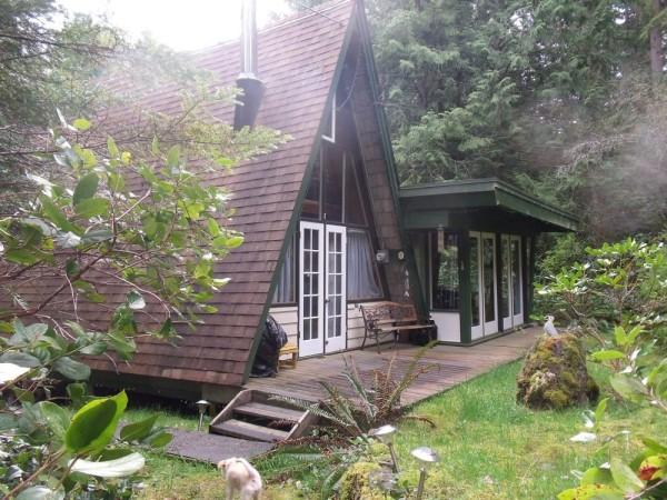 little-a-frame-cabins-on-the-sunshine-coast-00012