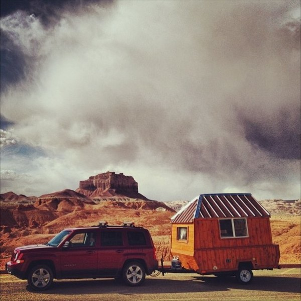 Man Converts Pop Up Trailer Into Micro Cabin On Wheels