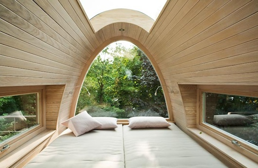 Modern Treehouse - Baumraum - King of the frogs   Tiny House Talk