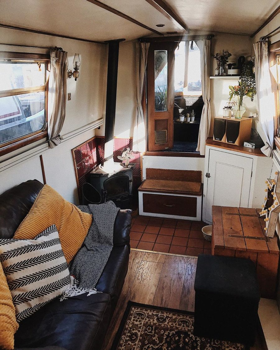One Couple's 7 Years Living on a Narrowboat in Derbyshire, England!