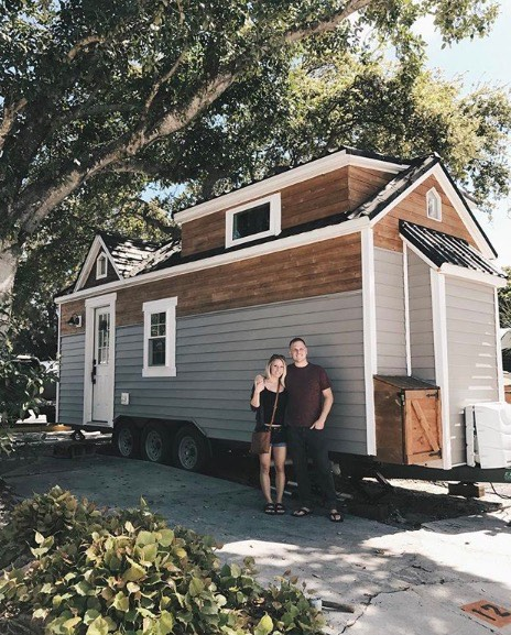 Traveling Nurse and Fiance Build Tiny House Together