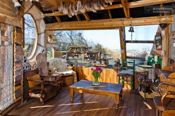 owl-house-micro-cabin-05
