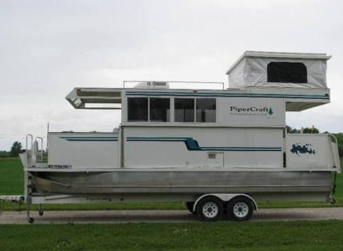Water Tank Trailer >> Trailerable Houseboat For Sale