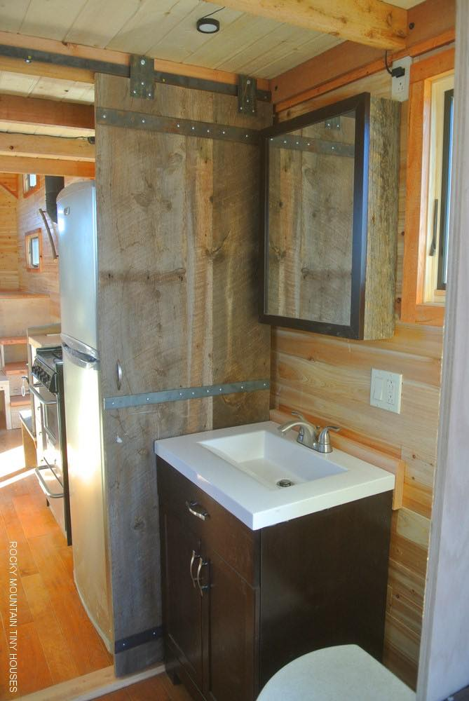 rio-grande-custom-32-gooseneck-tiny-house-002b