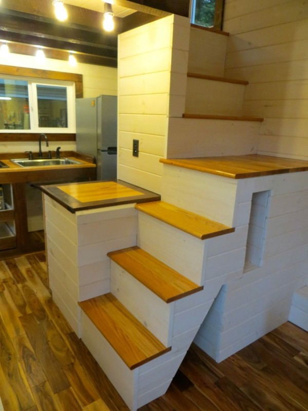 robins-nest-tiny-house-on-wheels-by-brevard-tiny-homes-0004