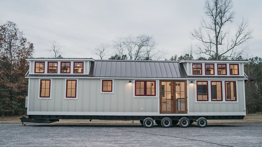 Timbercraft Denali Park Model with No Lofts! 2