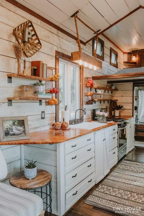 As Seen on TV: Southern Charm Tiny House For Sale! 9