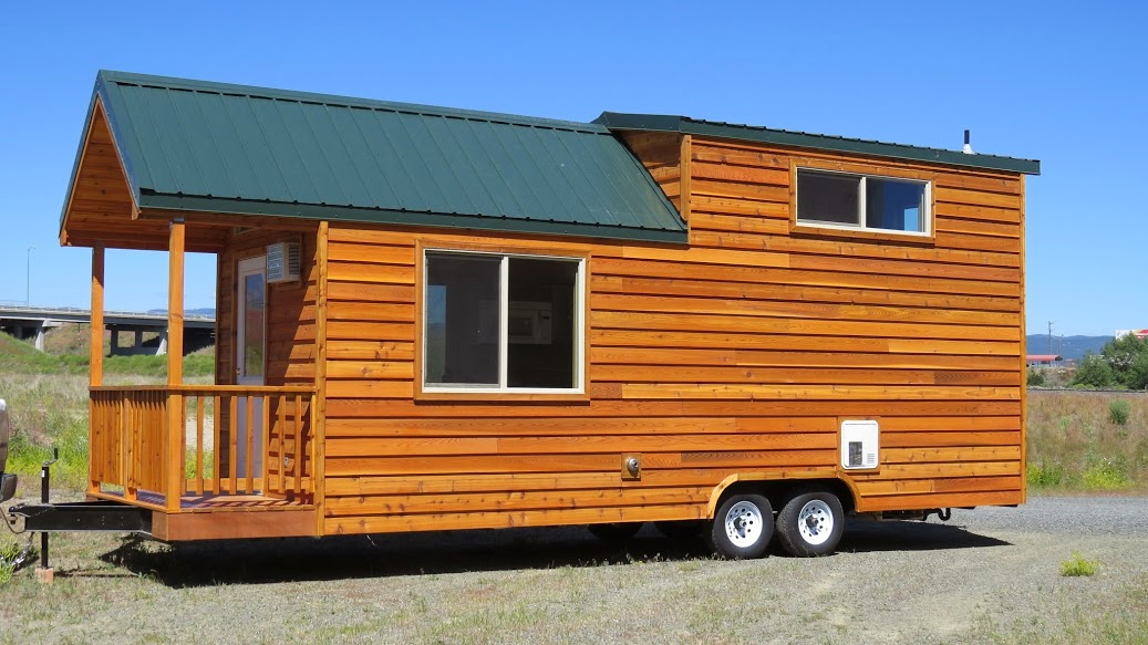 spacious-tiny-house-on-wheels-by-richs-portable-cabins-0012