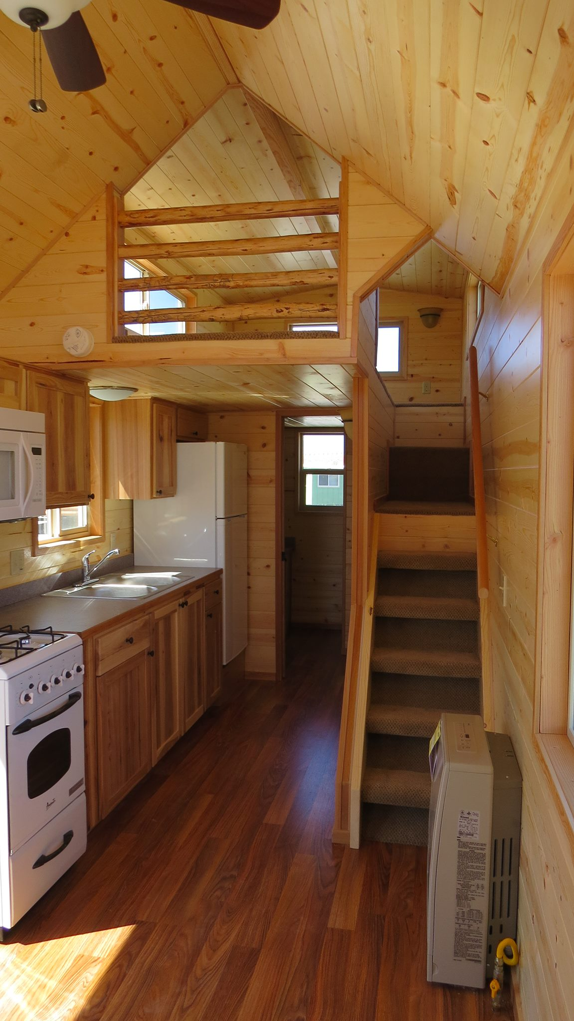 spacious-tiny-house-on-wheels-by-richs-portable-cabins-002