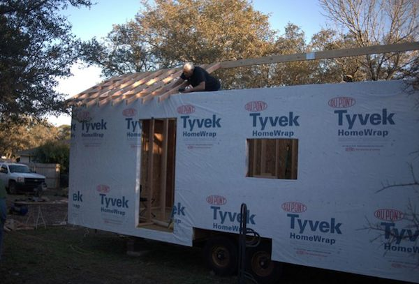 Roof framing and trusses on Steve and Wendys Tiny House