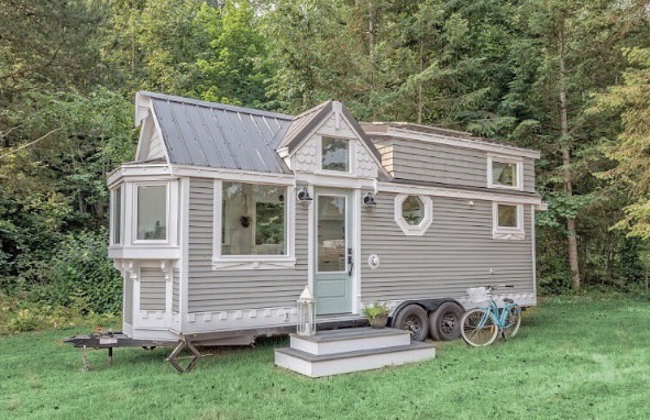 Tiny Home Designs: The Heritage Tiny House On Wheels (Vintage