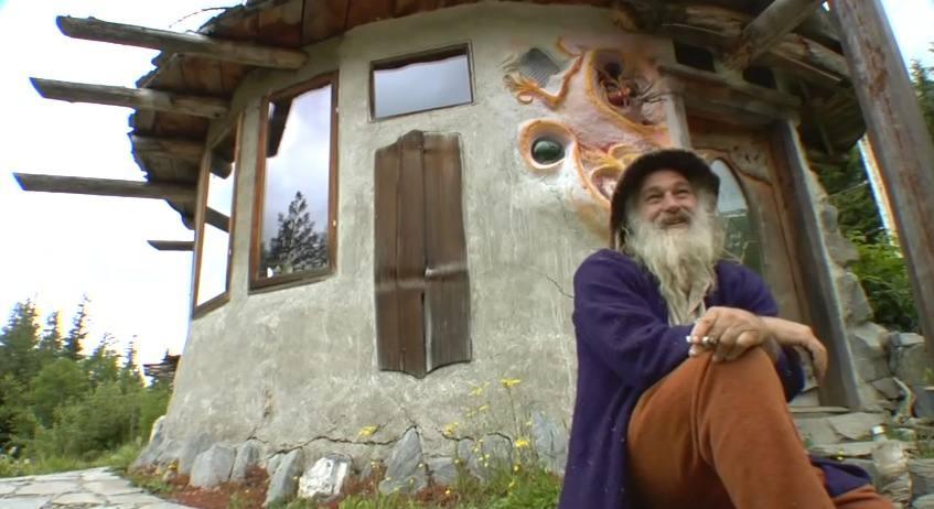 Video Sunray Kelley S Nature Inspired Tiny Homes
