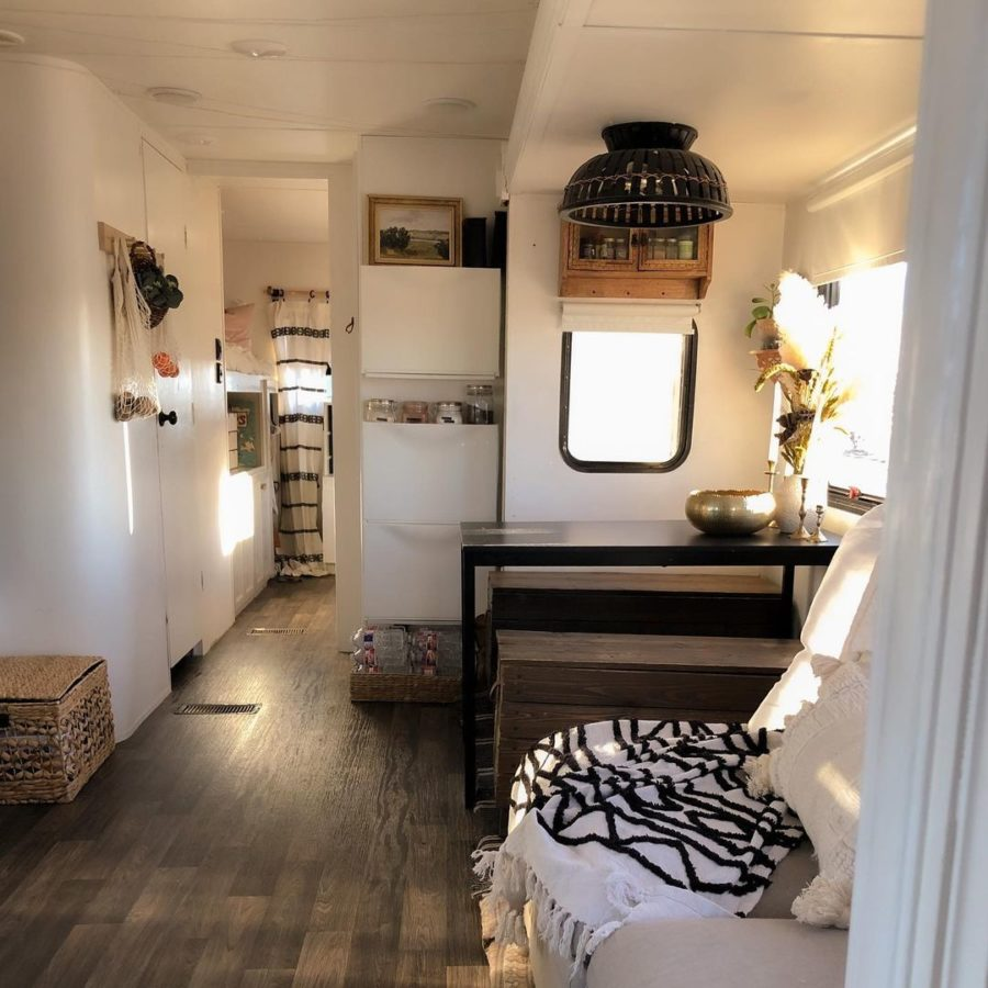Garcia Casita: Family of 6 and Their RV Renovation 12