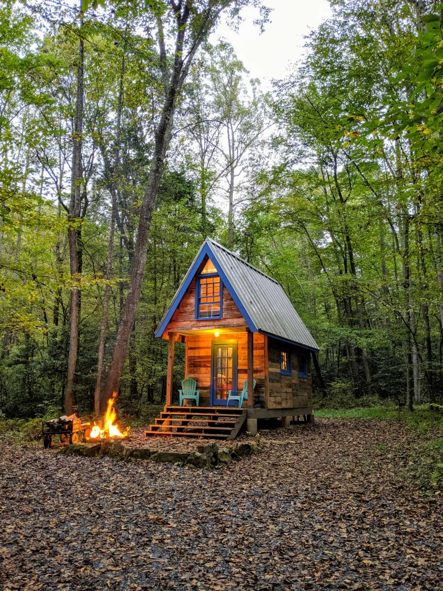 tiny-house-in-happy-valley-tiny-house-glamping-mountains