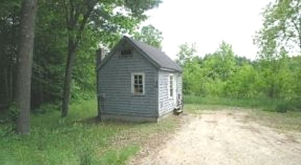tiny-house-in-nh-for-sale-50k-10-acres-001