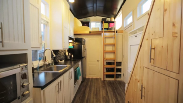 tiny-house-living-portland-with-tiny-house-hunting-011