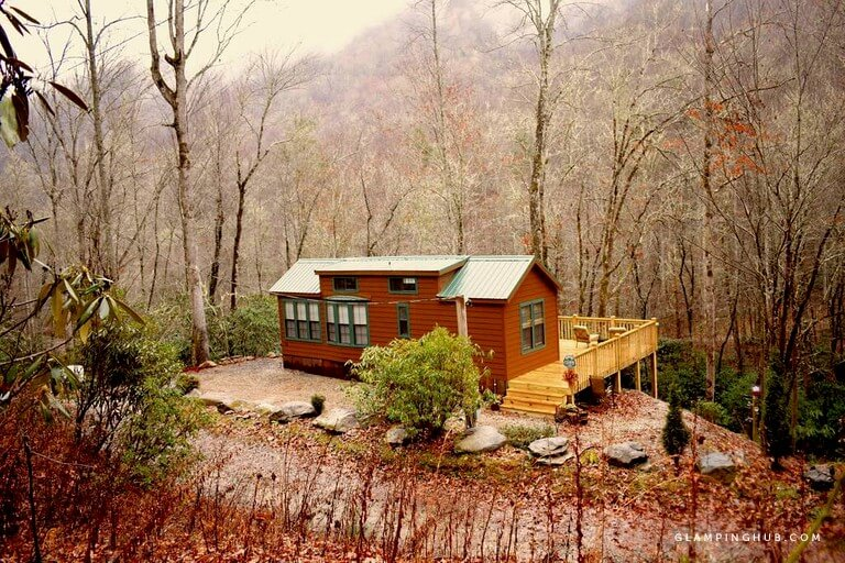 Secluded Tiny House in a Unique Setting in Nantahala National Forest