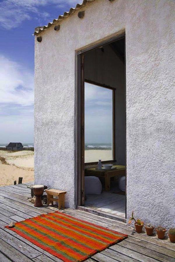tiny-house-on-the-beach-in-uruguay-002