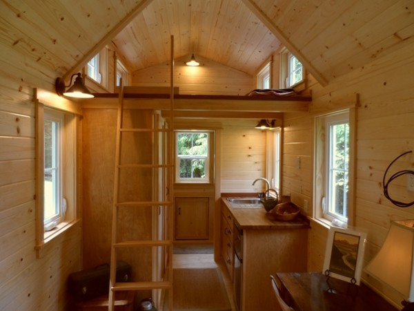 tiny-house-on-wheels-by-oregon-cottage-company-10