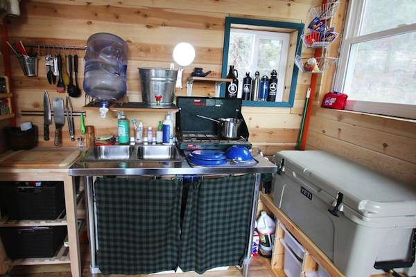 top-10-tiny-house-kitchens-11
