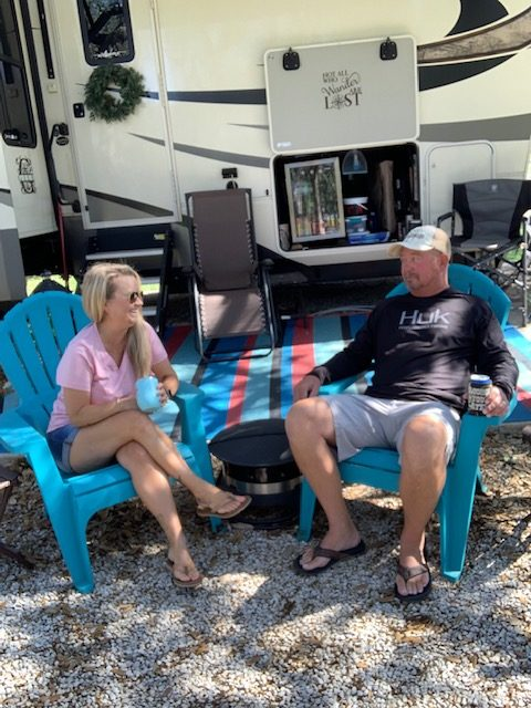 Former Military Couple's Renovated RV 31