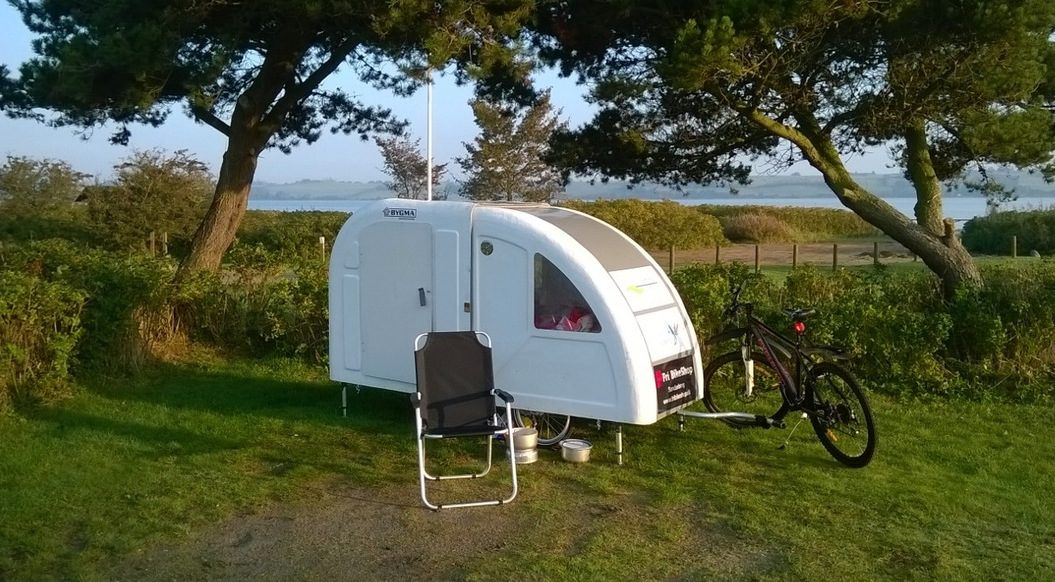 lightweight bicycle micro camper tow with your bicycle. Black Bedroom Furniture Sets. Home Design Ideas