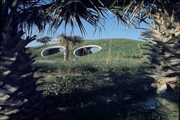 william-morgans-underground-dune-house-in-florida-007