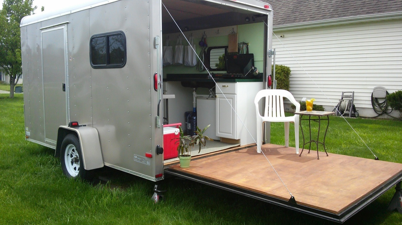 Woman converts cargo trailer into stealthy and cozy off for 7x12 kitchen ideas