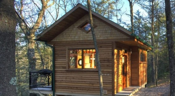 wood-cliff-tiny-cabin-vacation-0002