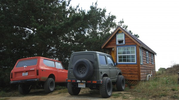zac-and-ella-trucks-and-tiny-house-01